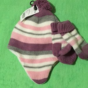 Roots baby hat and gloves set
